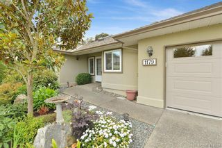 Photo 2: 1179 Sunnybank Crt in VICTORIA: SE Sunnymead House for sale (Saanich East)  : MLS®# 821175