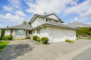 Photo 2: 117 31406 UPPER MACLURE Road in Abbotsford: Abbotsford West Townhouse for sale : MLS®# R2578607