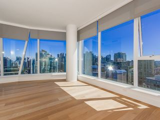 """Photo 7: 3202 1499 W PENDER Street in Vancouver: Coal Harbour Condo for sale in """"WEST PENDER PLACE"""" (Vancouver West)  : MLS®# V1010625"""