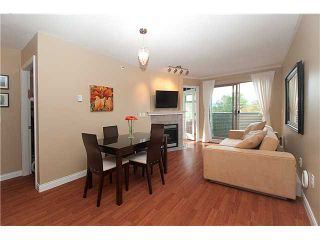 "Photo 2: 402 688 E 16TH Avenue in Vancouver: Fraser VE Condo for sale in ""VINTAGE EASTSIDE"" (Vancouver East)  : MLS®# V833214"