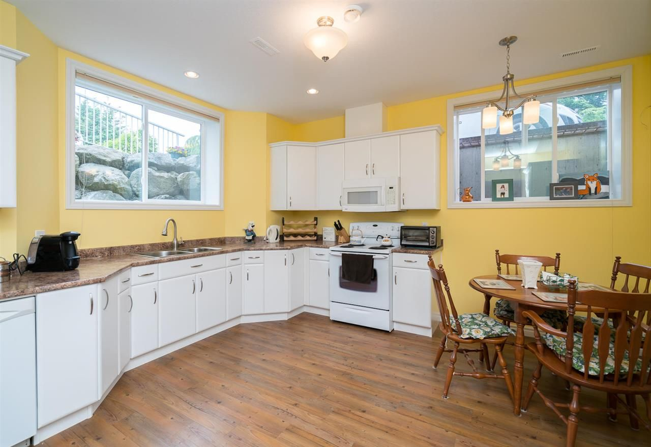 Photo 15: Photos: 6285 EDSON Drive in Sardis: Sardis West Vedder Rd House for sale : MLS®# R2277389