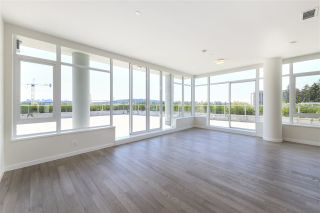 """Photo 2: 702 768 ARTHUR ERICKSON Place in West Vancouver: Park Royal Condo for sale in """"EVELYN - Forest's Edge PENTHOUSE"""" : MLS®# R2549644"""
