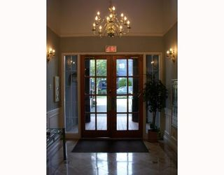 """Photo 5: 214 3760 W 6TH Avenue in Vancouver: Point Grey Condo for sale in """"MAYFAIR HOUSE"""" (Vancouver West)  : MLS®# V706811"""