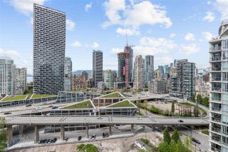 """Photo 12: 2307 583 BEACH Crescent in Vancouver: Yaletown Condo for sale in """"2 PARK WEST"""" (Vancouver West)  : MLS®# R2574813"""