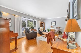 Photo 11: 1565 HARBOUR Drive in Coquitlam: Harbour Chines House for sale : MLS®# R2613539