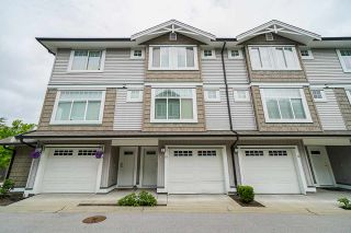 """Photo 2: 69 14356 63A Avenue in Surrey: Sullivan Station Townhouse for sale in """"MADISON"""" : MLS®# R2462624"""