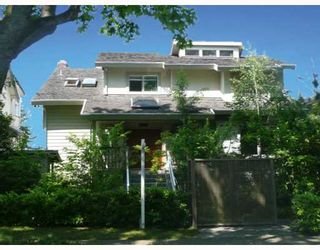 Photo 1: 3953 W 13TH Avenue in Vancouver: Point Grey House for sale (Vancouver West)  : MLS®# V764467