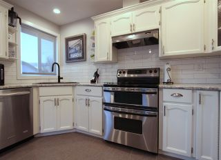 Photo 15: 5721 CANTERBURY Drive in Chilliwack: Vedder S Watson-Promontory House for sale (Sardis)  : MLS®# R2539682