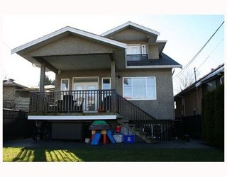 Photo 16: 4315 VENABLES Street in Burnaby: Willingdon Heights House for sale (Burnaby North)  : MLS®# V687518