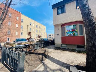 Photo 5: 209 Langside Street in Winnipeg: West Broadway Residential for sale (5A)  : MLS®# 202009154