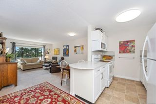 Photo 12: 215 10110 Fifth St in : Si Sidney North-East Condo for sale (Sidney)  : MLS®# 880325