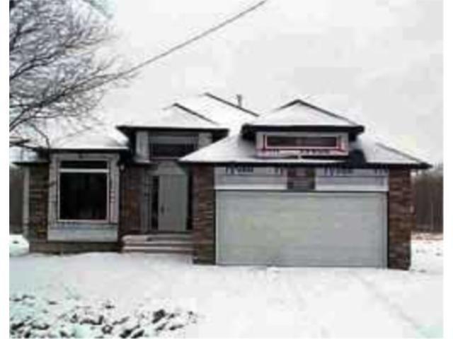 Main Photo: 307 HANEY Street in WINNIPEG: Charleswood Residential for sale (South Winnipeg)  : MLS®# 2215225