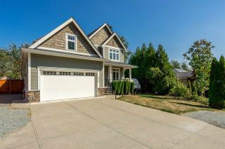 Photo 2: 2468 WHATCOM Road in Abbotsford: Abbotsford East House for sale : MLS®# R2462919