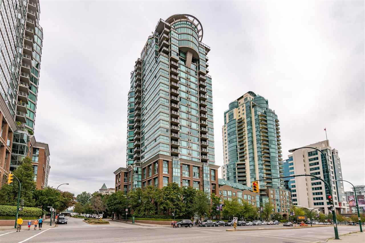 """Main Photo: 1801 1128 QUEBEC Street in Vancouver: Downtown VE Condo for sale in """"THE NATIONAL"""" (Vancouver East)  : MLS®# R2484422"""