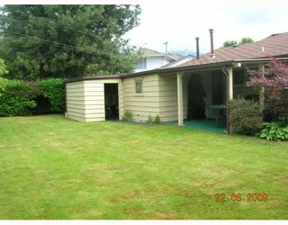 """Photo 8: 1269 DOGWOOD Crescent in North_Vancouver: Norgate House for sale in """"NORGATE"""" (North Vancouver)  : MLS®# V773935"""