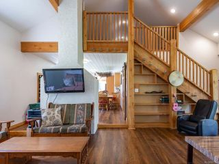 Photo 7: 5581 Seacliff Rd in COURTENAY: CV Courtenay North House for sale (Comox Valley)  : MLS®# 837166