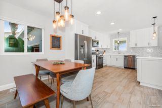 Photo 5: LA MESA House for sale : 3 bedrooms : 7975 Rainey St