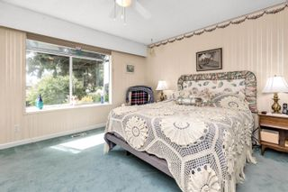 """Photo 12: 13048 MARINE Drive in Surrey: Crescent Bch Ocean Pk. House for sale in """"OCEAN PARK"""" (South Surrey White Rock)  : MLS®# R2616600"""