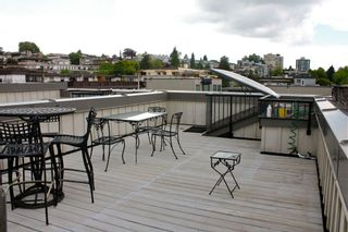 Photo 25: 1709 MAPLE Street in Vancouver: Kitsilano Townhouse for sale (Vancouver West)  : MLS®# V1066186