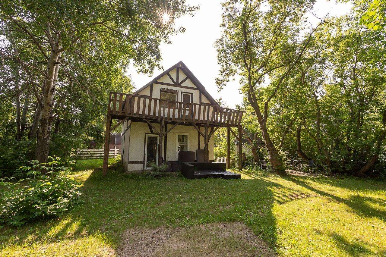 Main Photo: 51203 Range Road 270: Rural Parkland County House for sale : MLS®# E4256581