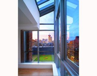 """Photo 9: 308 36 WATER Street in Vancouver: Downtown VW Condo for sale in """"TERMINUS"""" (Vancouver West)  : MLS®# V755866"""