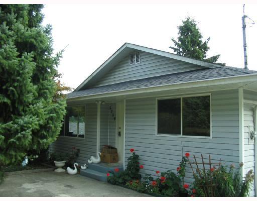 Main Photo: 5739 ANCHOR Road in Sechelt: Sechelt District House for sale (Sunshine Coast)  : MLS®# V735690