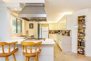 """Photo 5: 102 1280 FOSTER Street: White Rock Condo for sale in """"Regal Place"""" (South Surrey White Rock)  : MLS®# R2592424"""