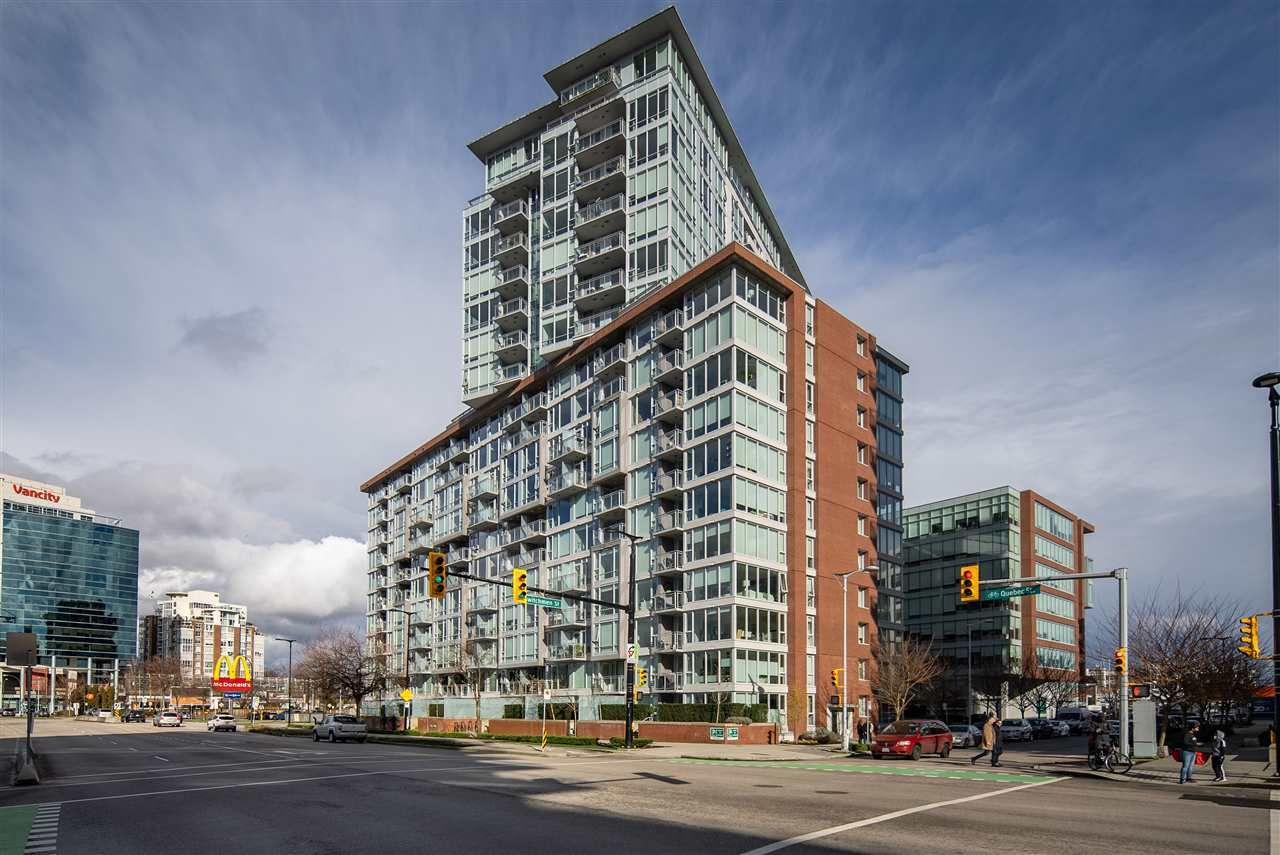 "Main Photo: 1509 1618 QUEBEC Street in Vancouver: Mount Pleasant VE Condo for sale in ""Central"" (Vancouver East)  : MLS®# R2547600"
