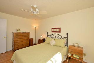 Photo 10: 18 VANDOOS GD NW in Calgary: Varsity House for sale : MLS®# C4135067