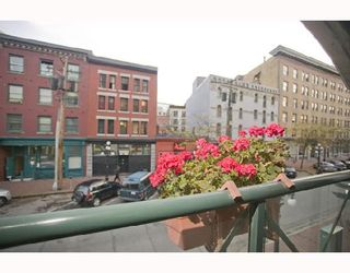 """Photo 7: 207 55 ALEXANDER Street in Vancouver: Downtown VE Condo for sale in """"GASTOWN"""" (Vancouver East)  : MLS®# V745072"""