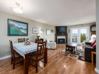 Photo 3: 8 1580 SPRINGHILL DRIVE in Kamloops: Sahali Townhouse for sale : MLS®# 161507