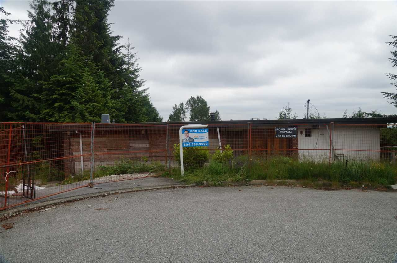 """Main Photo: 518 ALPINE Court in North Vancouver: Canyon Heights NV House for sale in """"Canyon Heights"""" : MLS®# R2221452"""