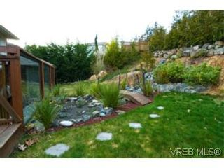 Photo 12: 3556 Sun Hills in VICTORIA: La Walfred House for sale (Langford)  : MLS®# 527139