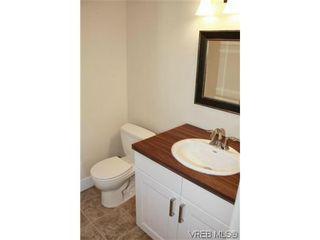 Photo 11: 1 1365 Rockland Avenue in VICTORIA: Vi Rockland Condo for sale (Victoria)  : MLS®# 618300