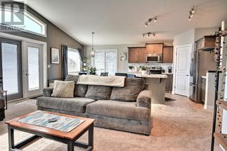 Photo 6: 125 Truant Crescent in Red Deer: House for sale : MLS®# A1151429