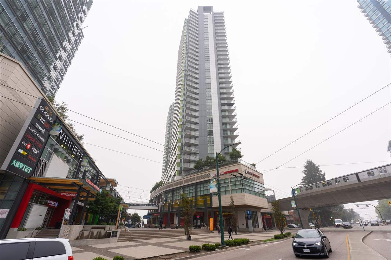 Main Photo: 2302 488 SW MARINE Drive in Vancouver: Marpole Condo for sale (Vancouver West)  : MLS®# R2498675