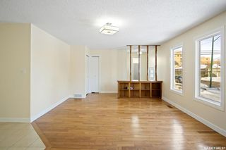 Photo 5: 313 Q Avenue South in Saskatoon: Pleasant Hill Residential for sale : MLS®# SK863983