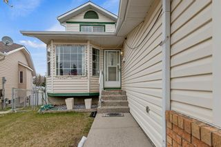 Photo 3: 152 Hawkmount Close NW in Calgary: Hawkwood Detached for sale : MLS®# A1103132