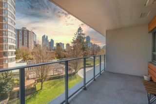 """Photo 1: 501 5883 BARKER Avenue in Burnaby: Metrotown Condo for sale in """"Aldynne on the Park"""" (Burnaby South)  : MLS®# R2567855"""