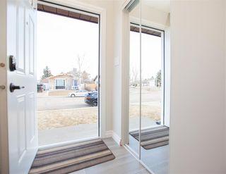 Photo 3: 5702 50 Street: Stony Plain House for sale : MLS®# E4234994