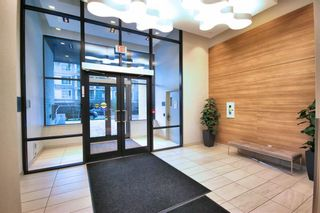 """Photo 7: 719 5470 ORMIDALE Street in Vancouver: Collingwood VE Condo for sale in """"WALL CENTRE III"""" (Vancouver East)  : MLS®# R2357970"""