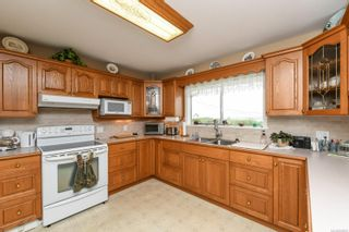Photo 11: 6039 S Island Hwy in : CV Union Bay/Fanny Bay House for sale (Comox Valley)  : MLS®# 855956