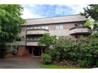 "Photo 13: 301 2190 W 8TH Avenue in Vancouver: Kitsilano Condo for sale in ""Westwood Villa"" (Vancouver West)  : MLS®# R2162145"