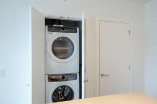 """Photo 14: 2306 525 FOSTER Avenue in Coquitlam: Coquitlam West Condo for sale in """"Lougheed Heights 2"""" : MLS®# R2464096"""