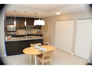 """Photo 3: 407 2368 MARPOLE Avenue in Port Coquitlam: Central Pt Coquitlam Condo for sale in """"RIVER ROCK LANDING"""" : MLS®# V1053124"""