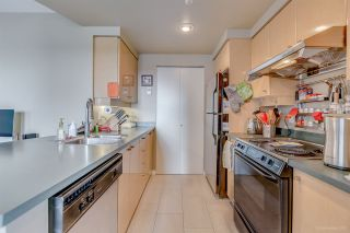 "Photo 7: 3005 1008 CAMBIE Street in Vancouver: Yaletown Condo for sale in ""WATERWORKS"" (Vancouver West)  : MLS®# R2214734"