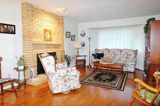 Photo 6: 4064 TORONTO Street in Port Coquitlam: Oxford Heights House for sale : MLS®# V679699