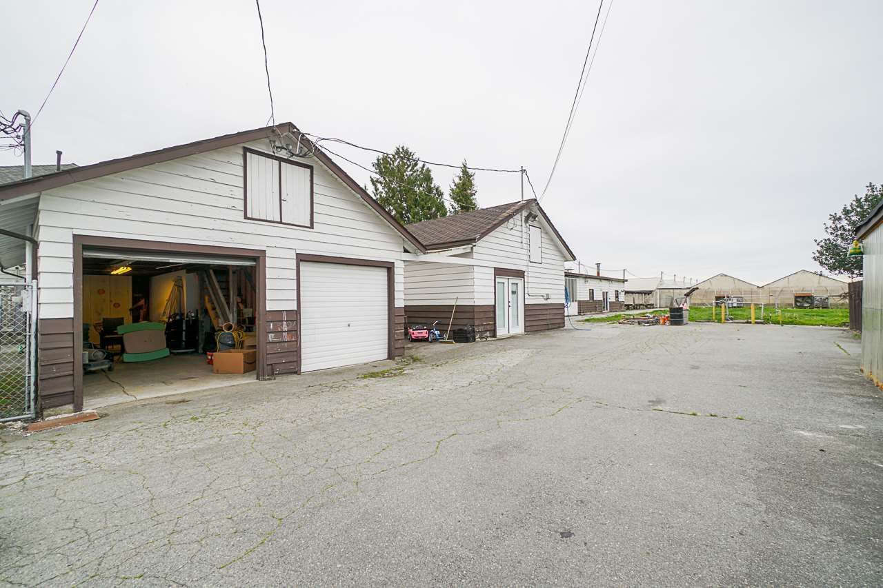 """Photo 33: Photos: 6240 STEVESTON Highway in Richmond: Gilmore House for sale in """"WESTWIND GREENHOUSES"""" : MLS®# R2510505"""