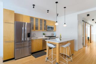 """Photo 25: 401 1072 HAMILTON Street in Vancouver: Yaletown Condo for sale in """"The Crandrall"""" (Vancouver West)  : MLS®# R2620695"""