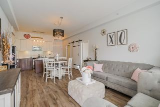 "Photo 15: 403 6450 194 Street in Surrey: Clayton Condo for sale in ""Waterstone"" (Cloverdale)  : MLS®# R2574170"